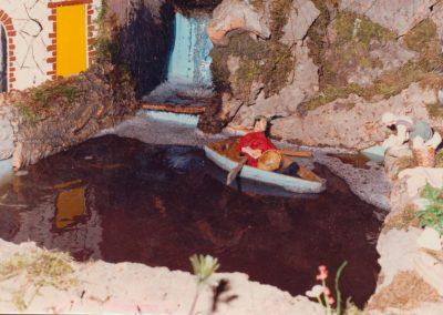 Pescador en la barca en 1982.