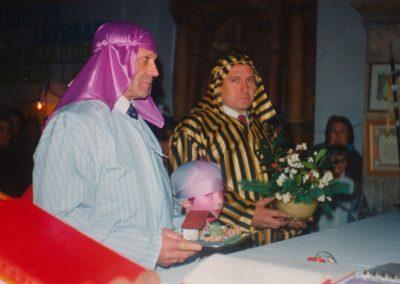 Ofrenda en misa en 1988.