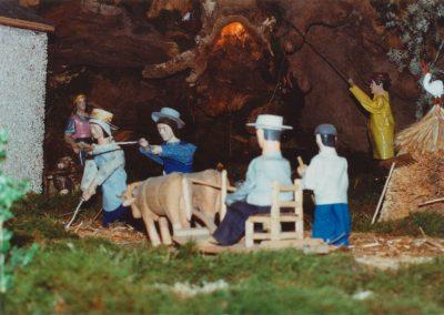 Aventando el grano en 2001.